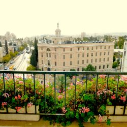 5 Interesting Jerusalem Neighborhoods to Visit